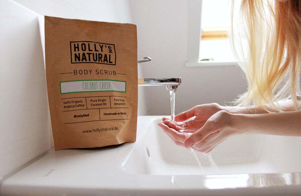 Holly's Natural body scrub Coconut Crush