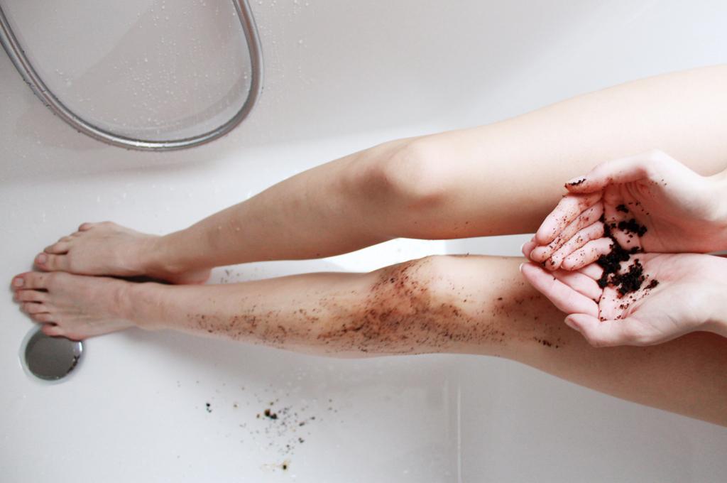 Holly's Natural Body Scrub Coffee Coconut Crush